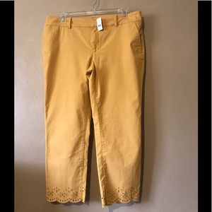 Loft mustard ankle pants size 16, Cotton, pockets